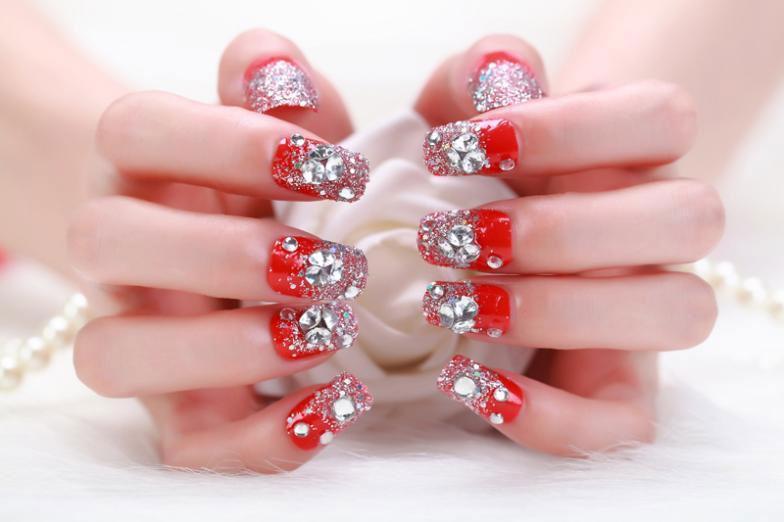 Дизайн ногтей в Санкт-Петербурге