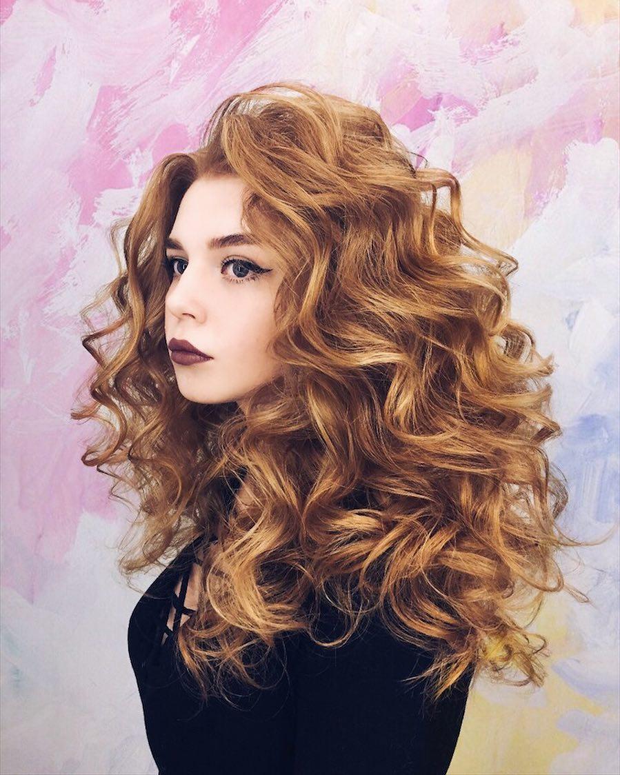 нашей картинки красивые кудри на средние волосы тем